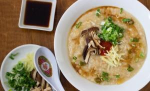 Source: http://noshon.it/recipes/chinese-congee-rice-porridge/