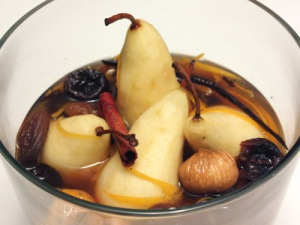 Source: http://lisaiscooking.blogspot.com/2009/12/wine-poached-fruit.html