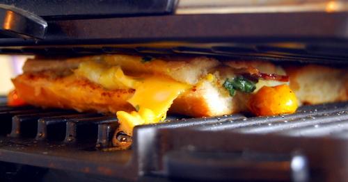 smashed-fried-egg-panini